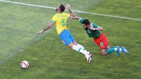 ПП Мексико U23 - Бразилия U23 0:0, Кабаков и ВАР с ключова намеса