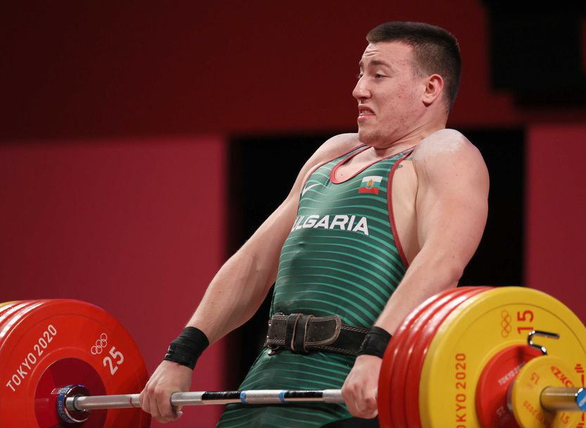 Христо Христов вдига здраво в категория до 109 кг в Токио