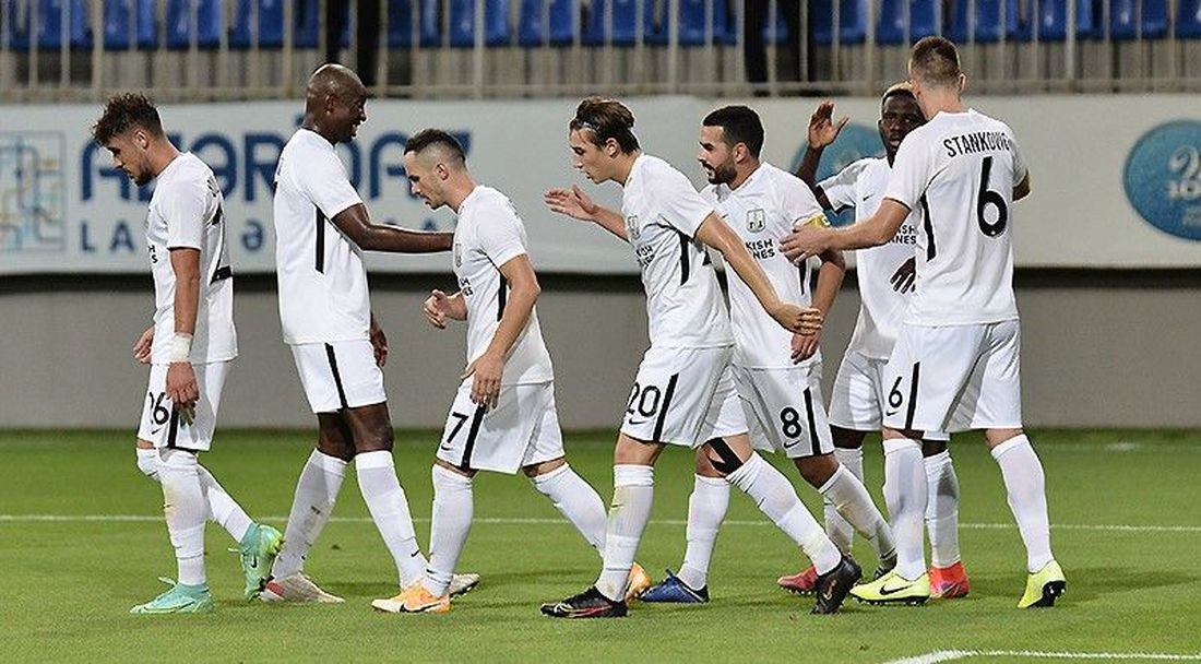 Лига Европа започна с вълнуващо реми в Баку