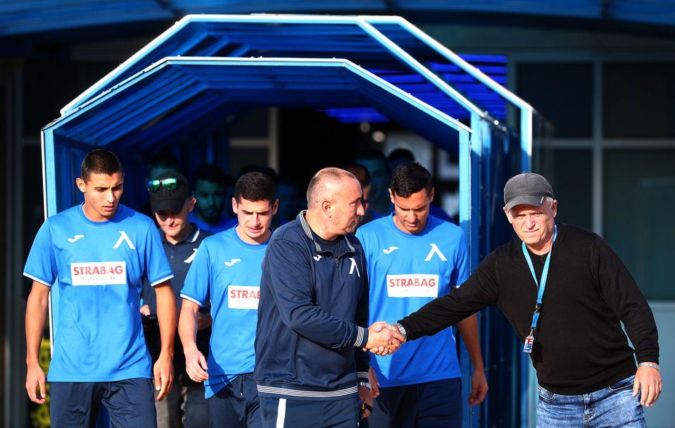 Станимир Стоилов повежда  Левски, Мъри с първа тренировка