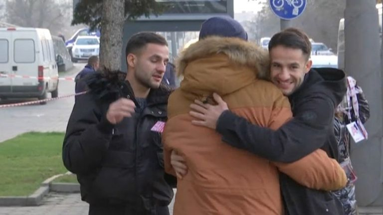 Братя Цоневи ще подкрепят Левски от трибуните