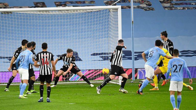 Манчестър Сити не срещна трудности с Нюкасъл и спечели с 2:0