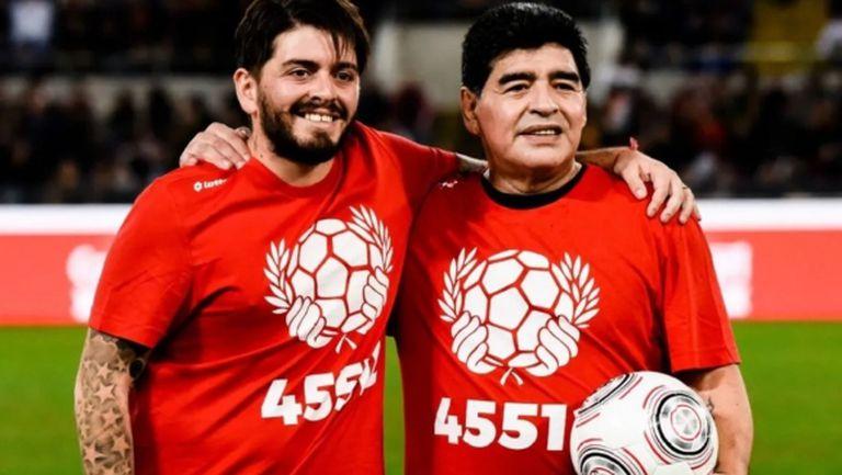 Диего Марадона-младши с призив относно номера на баща си