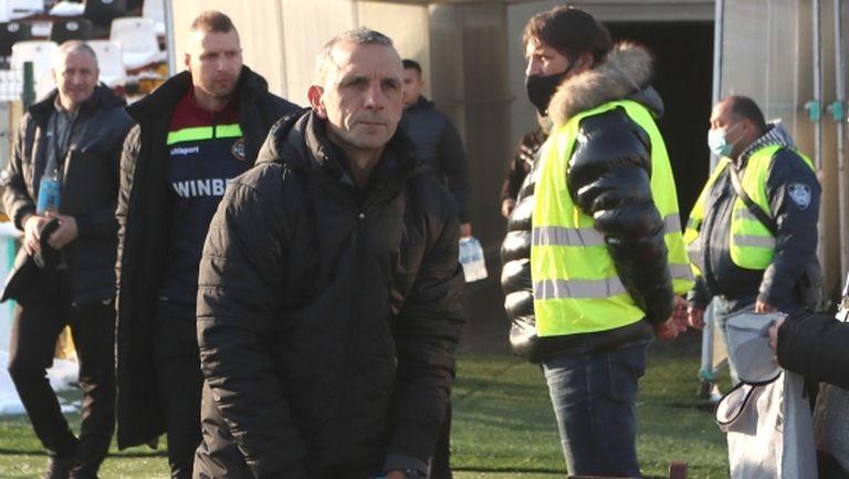Петър Пенчев: Доволен съм от работата ни в дефанзивен план, не е тежка травмата на Неделев