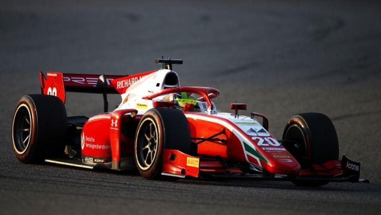 Шумахер докосва титлата след 7-мо място в Бахрейн, Цунода с трета победа