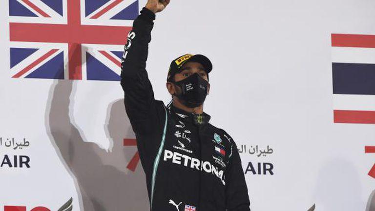 Хамилтън прави всичко по силите си да се върне за финала на сезона във Формула 1