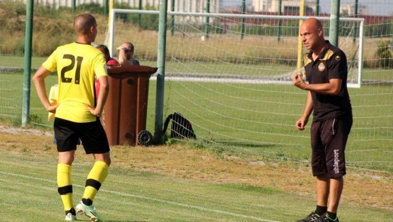 Новият треньор на Ботев (Пд) търси 6 точки от Берое и Лудогорец