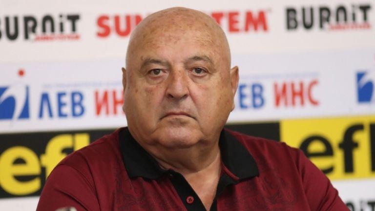 Венци Стефанов се обърна с писмо към феновете