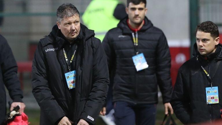 Любо Пенев: От самото начало на първенството трябва да се борим с противници и съдии