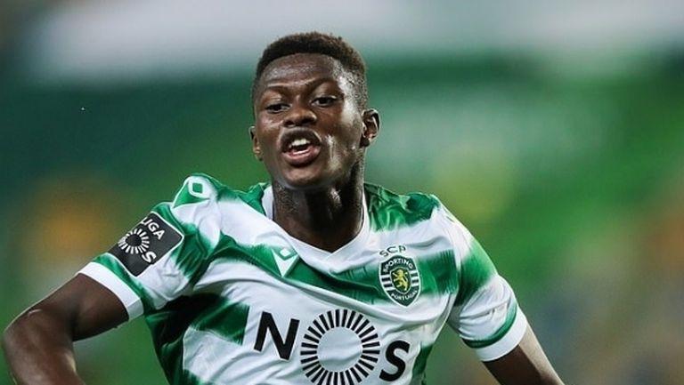 В Португалия твърдят, че Спортинг е отхвърлил първата оферта на Ливърпул за Мендеш