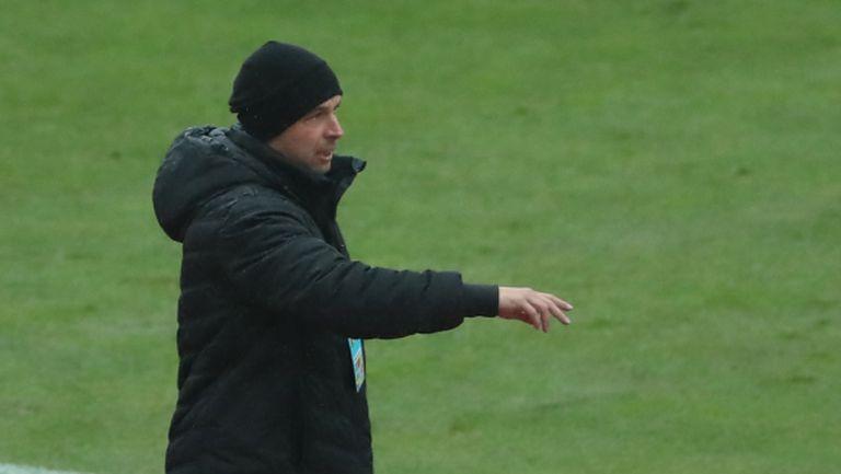 Треньорът на Ботев: Малко отбори биха се осмелили да играят с толкова юноши срещу Лудогорец