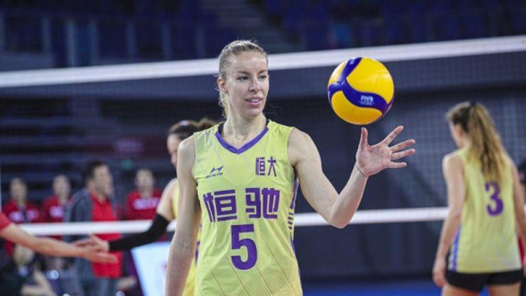 Доби Рабаджиева се завръща в Бразилия