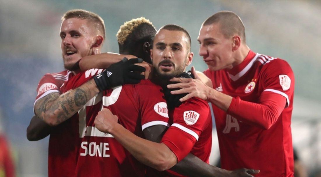 """""""Червените"""" започват 2021 година срещу тим от Екстракласа"""