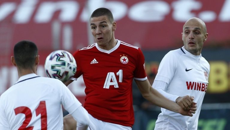 ЦСКА-София отрече да иска 5 милиона евро за Антов