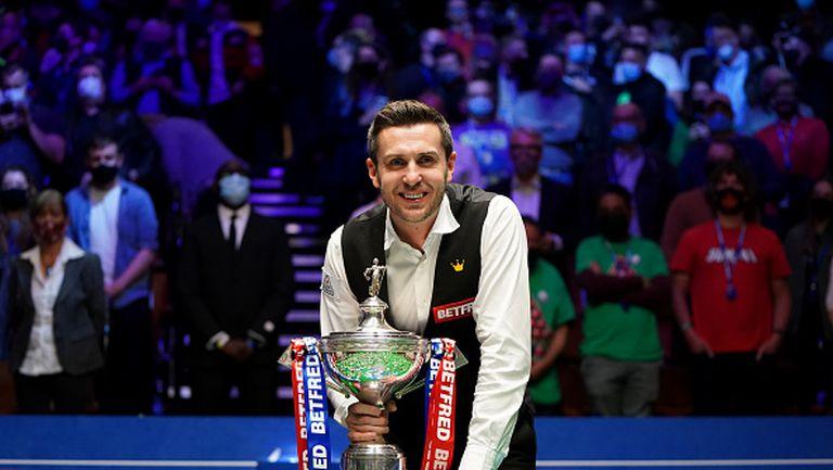 Марк Селби спечели историческа четвърта световна титла