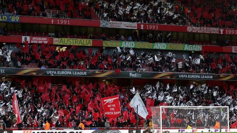 """Атмосферата на """"Емирейтс Стейдиъм"""" минути преди началото на Арсенал - Атлетико Мадрид"""