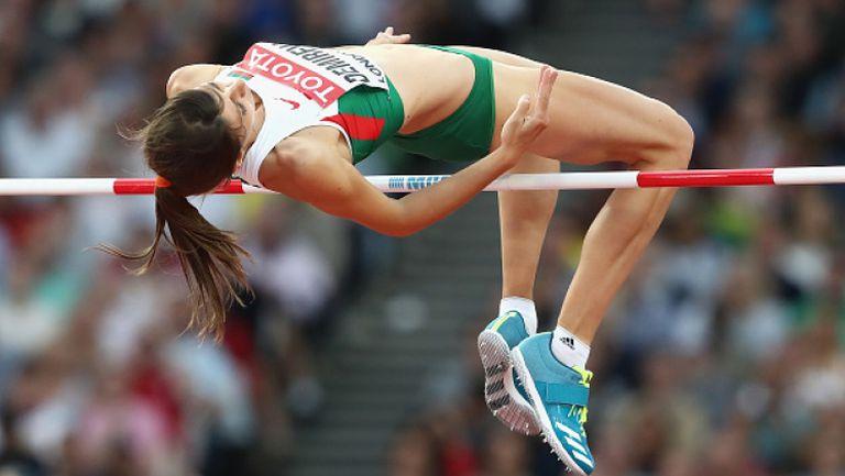 Мирела Демирева за първи път премина кота 2 метра скок височина