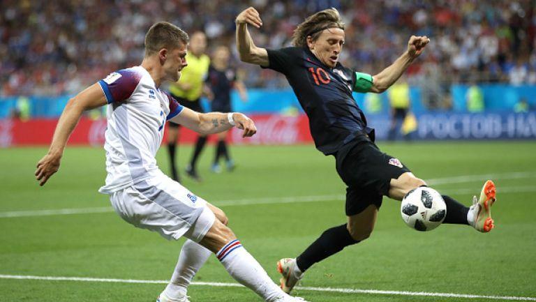 Трета поредна победа за Хърватия, Исландия се прибира у дома