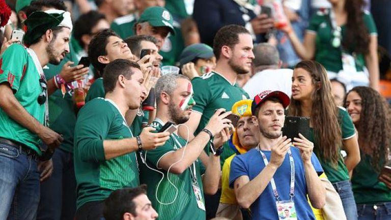 Феновете на Мексико не гледат отбора си, а мача Южна Корея - Германия