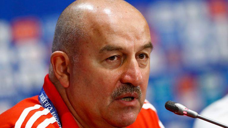 Черчесов: Трудно се противодейства срещу отбор като Испания