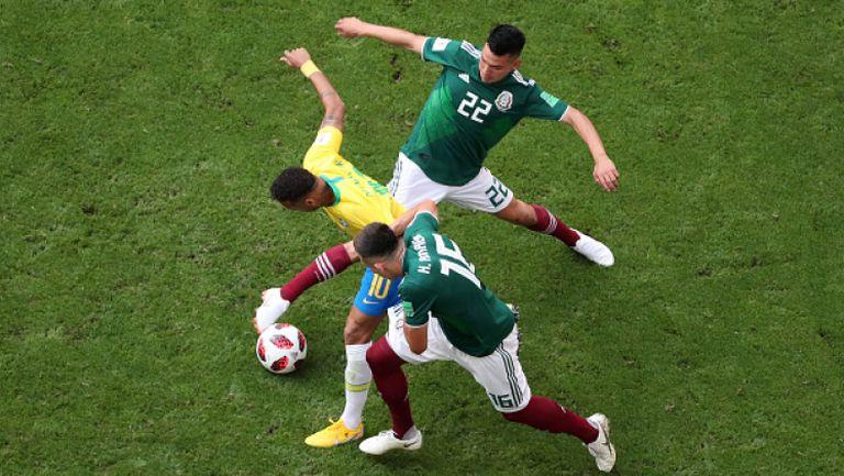 """Бразилия се справи с Мексико и е на 1/4-финал, """"селесао"""" отново не допусна гол"""