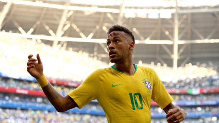 Неймар откри за Бразилия срещу Мексико след чудесна солова акция на Уилиан