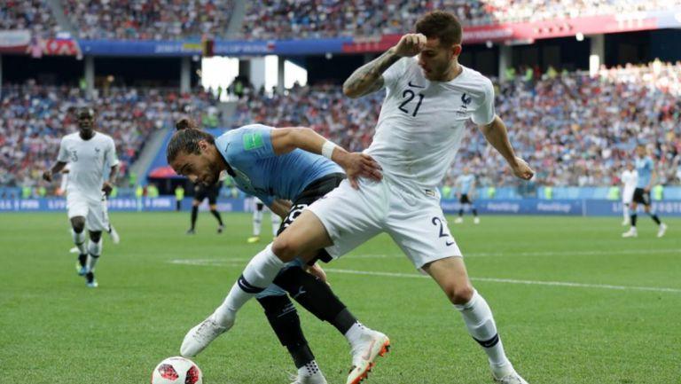 Уругвай респектира французите с агресия