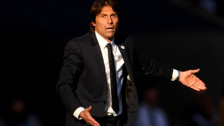 Челси освободи Антонио Конте