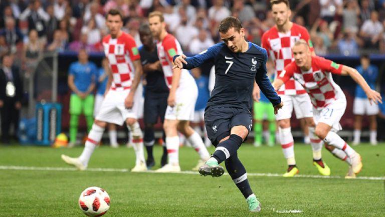 Гризман не сбърка от дузпа и Франция отново поведе на Хърватия
