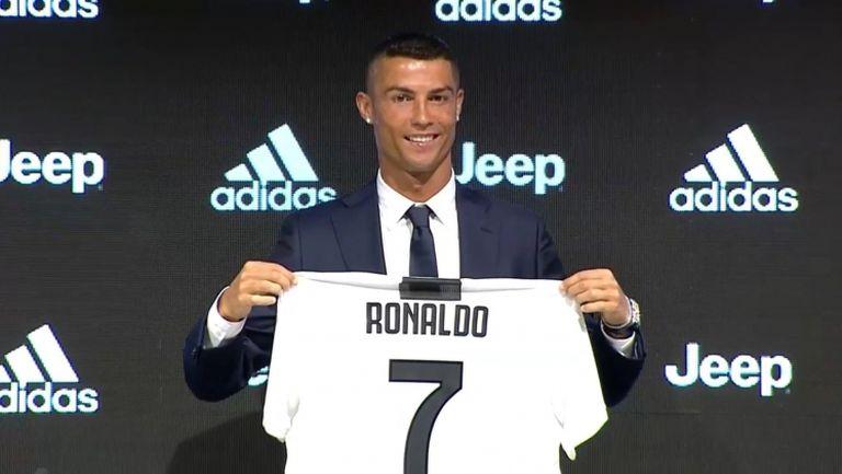 Ювентус официално представи Кристиано Роналдо