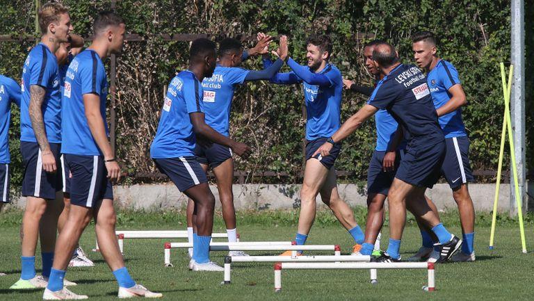 Левски тренира в пълен състав за гостуването в Пловдив