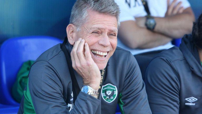 """Аутуори похвали """"орлите"""" и поиска Първа лига да подобри нивото си"""