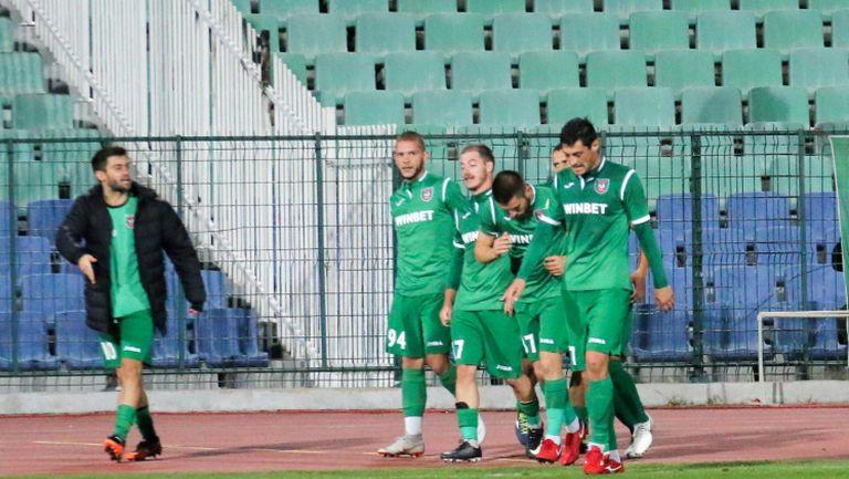 Ботев (Враца) удвои резултата срещу Верея с красив гол от далечно разстояние