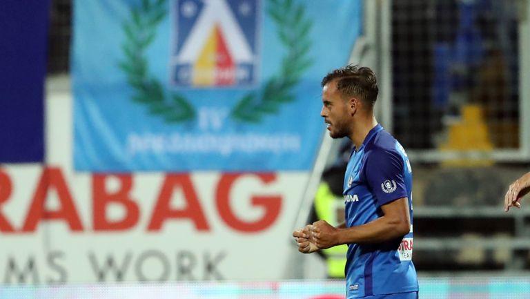 Авансът на Левски е вече 3 гола след попадение от дузпа на Мариани