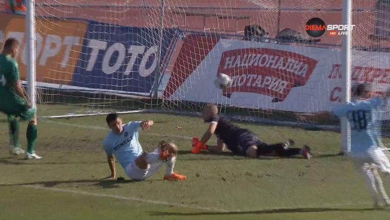 Ахмед Ахмедов откри резултата за Дунав срещу Витоша