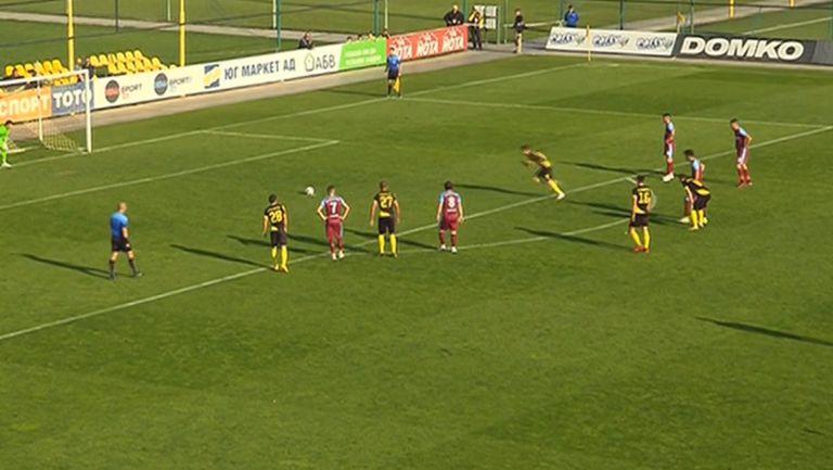 Дебютен гол за Иван Василев и 2:0 за Ботев срещу Септември