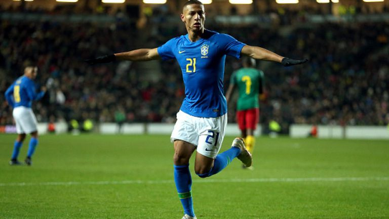 Бразилия - Камерун 1:0