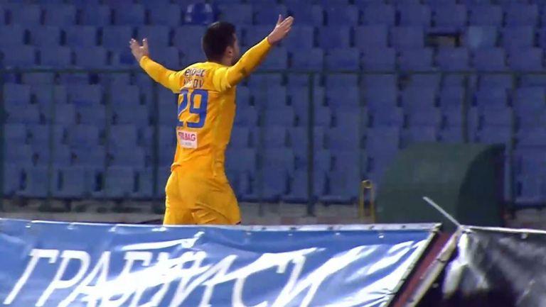 Станислав Костов порази вратата на Септември и Левски поведе с 1:0