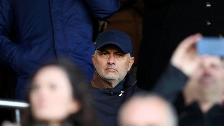 Моуриньо: Проблемите в Юнайтед още са там и Погба не е единственият виновник