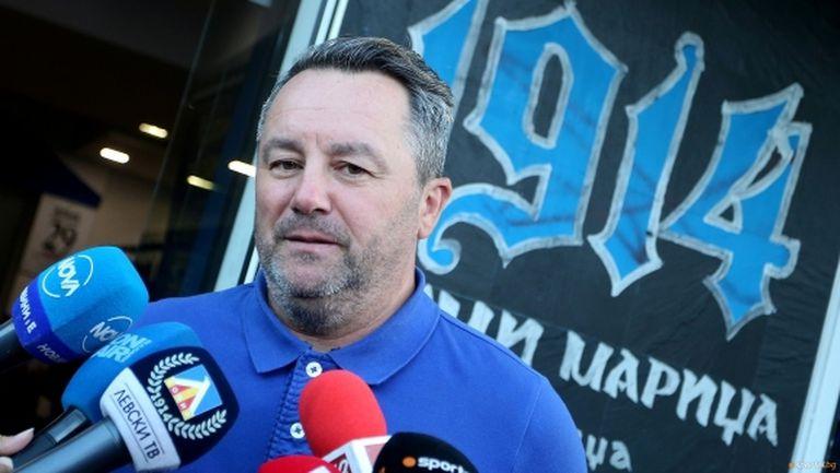 Бъдещето на Стоянович в Левски е все по-неясно