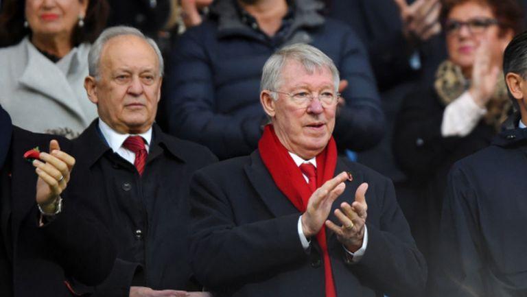 Сър Алекс Фъргюсън с мотивационно слово пред играчите на Манчестър Юнайтед