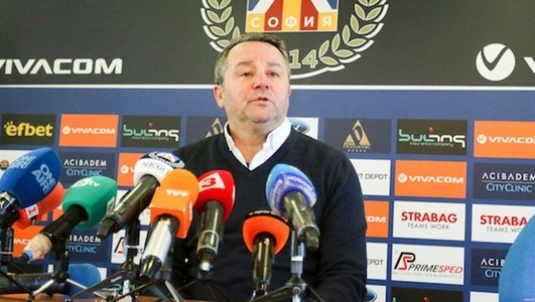 Стоянович: Надявам се да дойдат нови на лагера в Кипър (видео)