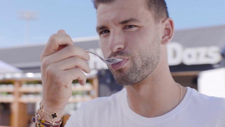 Григор Димитров смени тенис топките със сладоледени кутийки