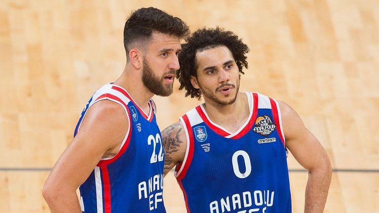 Генералният мениджър на Ефес: Не знам как ще предотвратим трансферите на Мицич и Ларкин в НБА