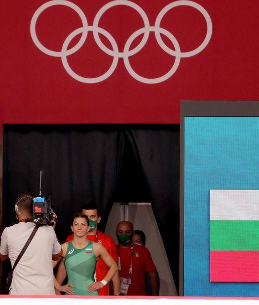 Евелина Николова започна с победа в Токио