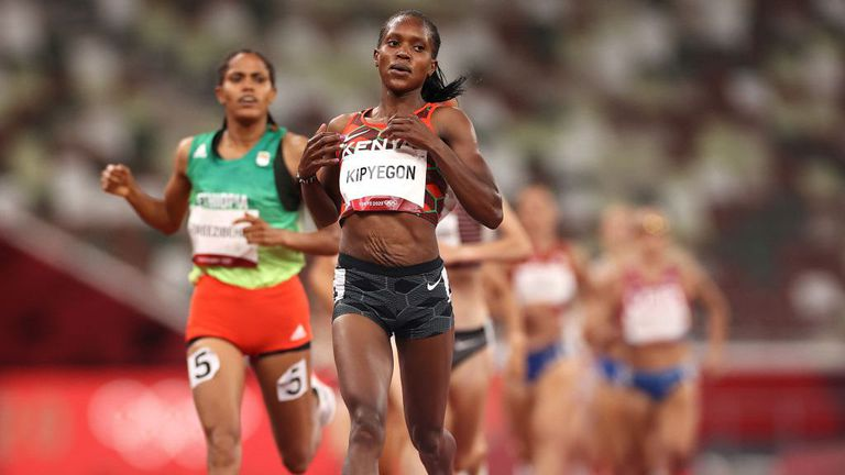 Кипиегон се класира за финала на 1500 метра с четвъртото най-силно постижение в историята на олимпийски игри