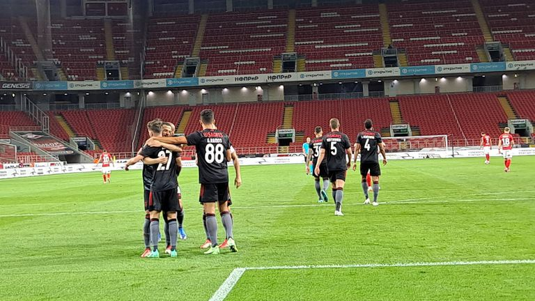 Бенфика победи Спартак с 2:0 в Москва и взе добър аванс преди реванша