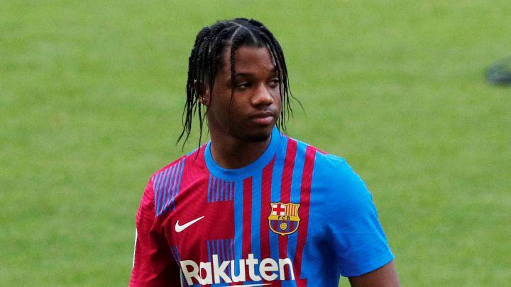 Фати се завръща за Барселона