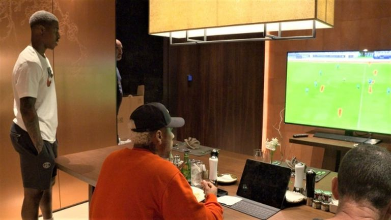 Ето как Неймар гледа мача на ПСЖ