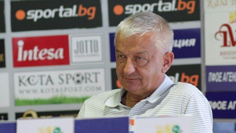 Крушарски: Езе не можеше да спира топката, ще докарам Локомотив до нивото на Ман Сити